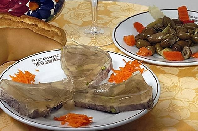 http://www.ragusanews.com//immagini_articoli/10-11-2016/il-ristorante-majore-segnalato-dalla-guida-gastronomica-il-mangiarozzo-420.jpg