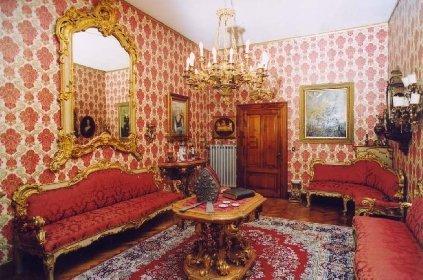 https://www.ragusanews.com//immagini_articoli/10-11-2020/1605021281-aaa-vendedi-villa-a-taormina-a-10-milioni-astenersi-perditempo-3-280.jpg