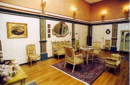 https://www.ragusanews.com//immagini_articoli/10-11-2020/1605021282-aaa-vendedi-villa-a-taormina-a-10-milioni-astenersi-perditempo-7-280.jpg