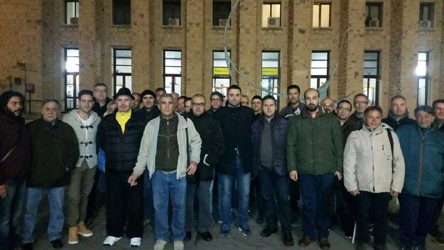http://www.ragusanews.com//immagini_articoli/10-12-2015/protestano-i-lavoratori-del-servizio-idrico-500.jpg