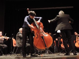 https://www.ragusanews.com//immagini_articoli/10-12-2018/orchestra-camera-enna-concerto-ragusa-240.jpg