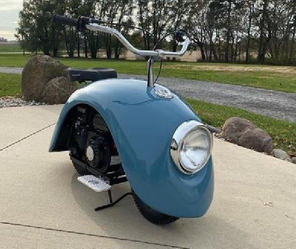 https://www.ragusanews.com//immagini_articoli/10-12-2019/1575978381-volkspod-scooter-con-la-voglia-di-maggiolino-fotovideo-1-500.jpg