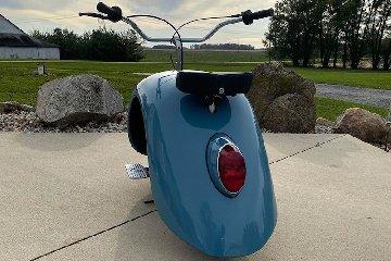 https://www.ragusanews.com//immagini_articoli/10-12-2019/1575978406-volkspod-scooter-con-la-voglia-di-maggiolino-fotovideo-1-240.jpg