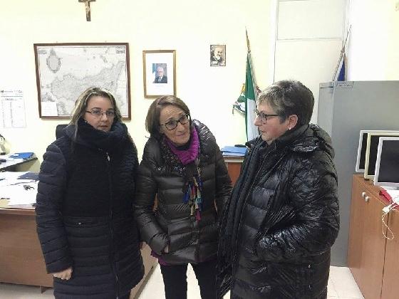 https://www.ragusanews.com//immagini_articoli/11-01-2017/aule-freezer-preside-cappotto-420.jpg