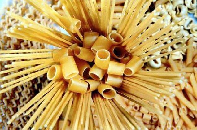 http://www.ragusanews.com//immagini_articoli/11-01-2017/sicilia-tunisini-acquistano-pastificio-420.jpg