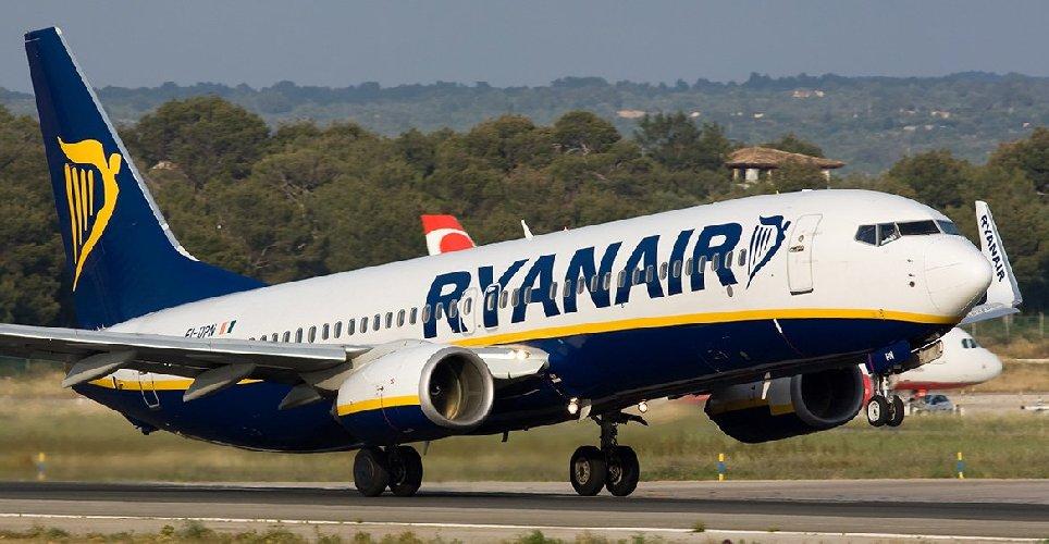 https://www.ragusanews.com//immagini_articoli/11-01-2018/aeroporti-ryanair-conferma-rotte-comiso-500.jpg