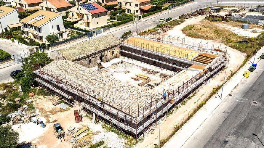 http://www.ragusanews.com//immagini_articoli/11-01-2018/ragusa-completati-lavori-nellex-masseria-brusce-scuola-500.jpg