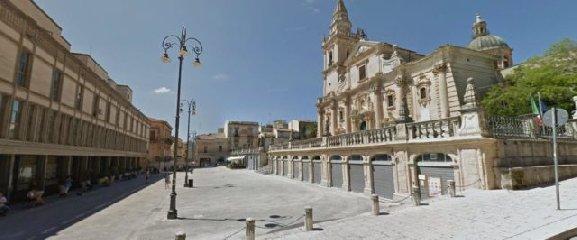 https://www.ragusanews.com//immagini_articoli/11-01-2019/casa-data-affitto-ragusa-ibla-disavventura-240.jpg