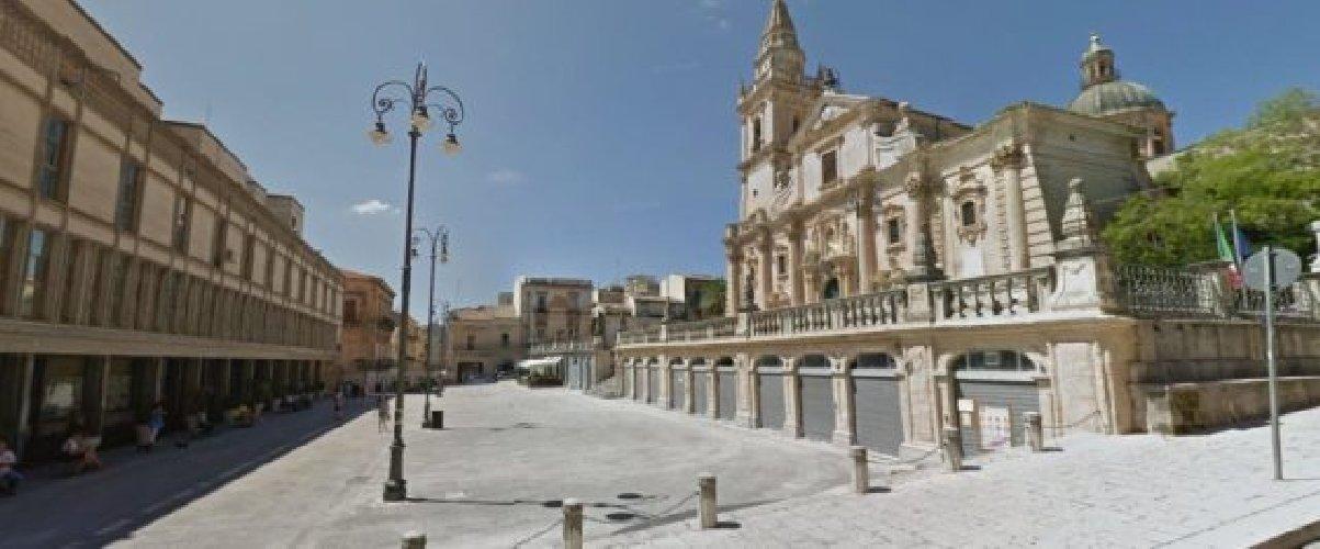 https://www.ragusanews.com//immagini_articoli/11-01-2019/casa-data-affitto-ragusa-ibla-disavventura-500.jpg