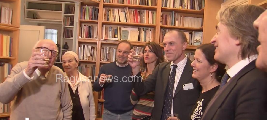 https://www.ragusanews.com//immagini_articoli/11-03-2017/montalbano-milioni-brindisi-casa-camilleri-500.jpg