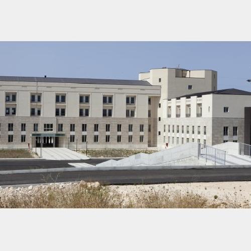 https://www.ragusanews.com//immagini_articoli/11-05-2015/8-mln-per-l-ospedale-giovanni-paolo-ii-500.jpg