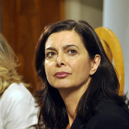http://www.ragusanews.com//immagini_articoli/11-05-2016/laura-boldrini-in-visita-a-pozzallo-500.jpg