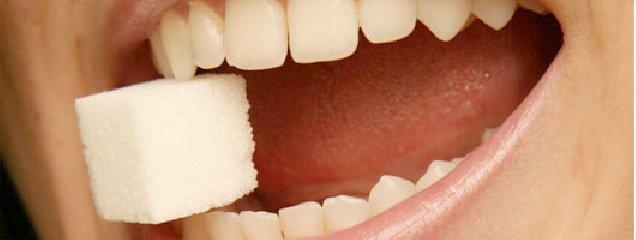 https://www.ragusanews.com//immagini_articoli/11-05-2018/diabete-danni-denti-gengive-240.jpg