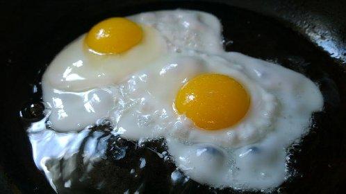https://www.ragusanews.com//immagini_articoli/11-05-2021/dieta-chetogenica-cosa-mangiare-280.jpg