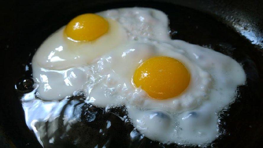 https://www.ragusanews.com//immagini_articoli/11-05-2021/dieta-chetogenica-cosa-mangiare-500.jpg