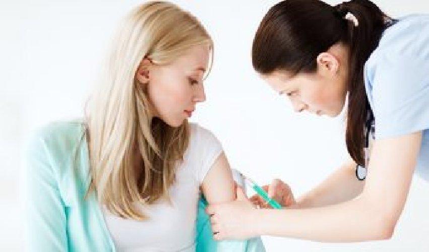https://www.ragusanews.com//immagini_articoli/11-05-2021/ecco-le-patologie-per-cui-ci-si-puo-vaccinare-sopra-i-16-anni-500.jpg