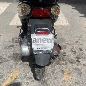 https://www.ragusanews.com//immagini_articoli/11-05-2021/sicilia-mette-la-mascherina-alla-moto-per-occultare-targa-multato-280.jpg