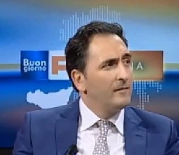 http://www.ragusanews.com//immagini_articoli/11-06-2015/roberto-biscotto-pmisicilia-parla-di-economia-a-tgr-sicilia-500.jpg