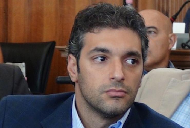 https://www.ragusanews.com//immagini_articoli/11-06-2017/luca-cannata-rieletto-sindaco-avola-500.jpg