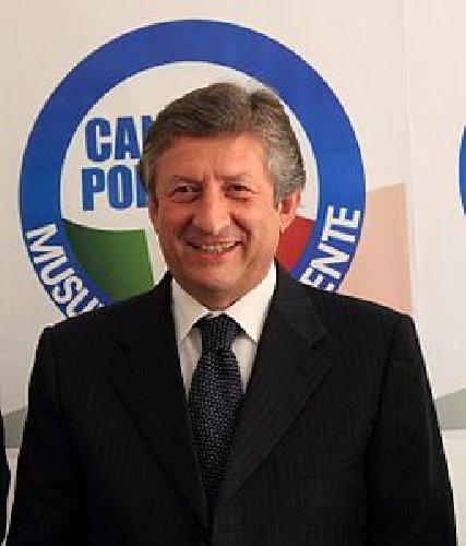 https://www.ragusanews.com//immagini_articoli/11-06-2018/pugliese-dimette-bruxelles-innocenzo-leontini-eurodeputato-500.jpg