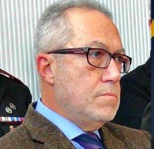 https://www.ragusanews.com//immagini_articoli/11-06-2019/borsellino-indagato-l-ex-capo-procura-di-ragusa-carmelo-petralia-500.jpg
