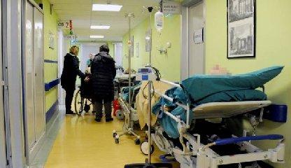 https://www.ragusanews.com//immagini_articoli/11-06-2019/il-paziente-cesso-di-vivere-condannati-due-chirurghi-maggiore-240.jpg
