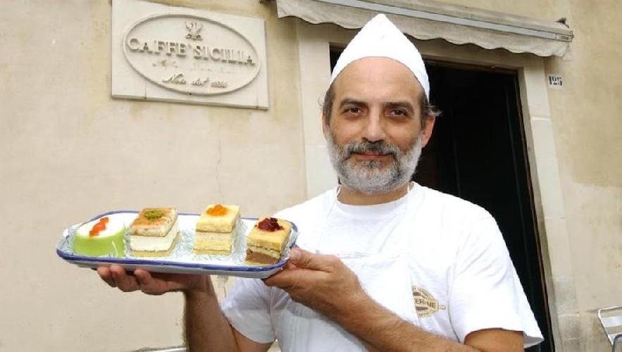 https://www.ragusanews.com//immagini_articoli/11-06-2020/noto-io-caffe-sicilia-riapre-nel-2021-500.jpg