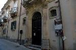 http://www.ragusanews.com//immagini_articoli/11-07-2017/palazzo-rocca-luogo-cultura-regione-100.jpg