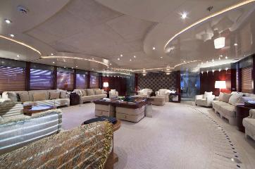 https://www.ragusanews.com//immagini_articoli/11-07-2019/1562835164-yacht-e-arrivato-sarah-1-240.png