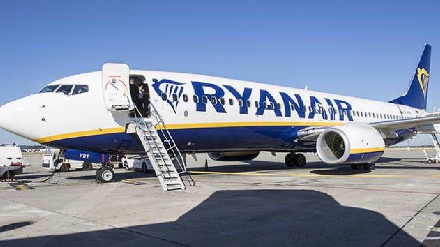https://www.ragusanews.com//immagini_articoli/11-08-2018/piloti-ryanair-sciopero-cancellati-voli-tutta-europa-500.jpg