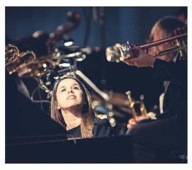 https://www.ragusanews.com//immagini_articoli/11-08-2019/concerto-piano-e-tromba-a-palazzo-spadaro-240.jpg