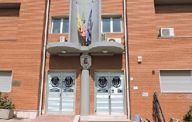 https://www.ragusanews.com//immagini_articoli/11-08-2020/covid-chiuso-il-municipio-di-portopalo-di-capo-passero-240.jpg