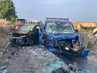 https://www.ragusanews.com//immagini_articoli/11-08-2020/incidente-sulla-ragusa-santa-croce-due-feriti-240.jpg