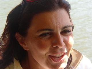 http://www.ragusanews.com//immagini_articoli/11-09-2017/donazione-ricordare-professoressa-lucia-fronte-240.jpg