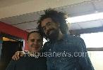 http://www.ragusanews.com//immagini_articoli/11-09-2017/giovanni-nicosia-trombettista-comisano-suona-caparezza-100.jpg