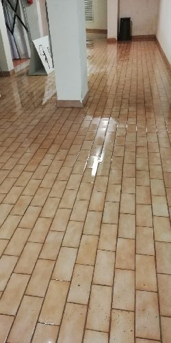 https://www.ragusanews.com//immagini_articoli/11-09-2018/1536673788-ragusa-piove-allaga-anche-palaminardi-video-foto-1-500.jpg