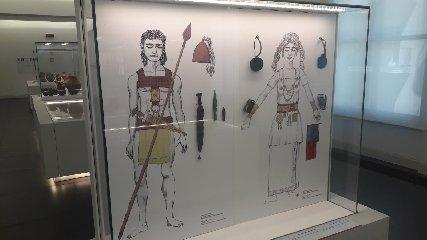 https://www.ragusanews.com//immagini_articoli/11-09-2018/1536682151-bronzi-piace-museo-eccellenza-italiana-1-240.jpg