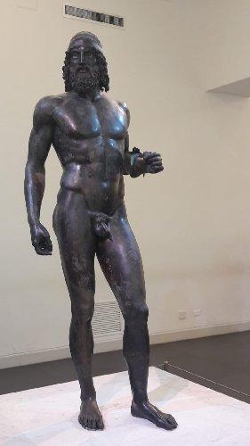 https://www.ragusanews.com//immagini_articoli/11-09-2018/bronzi-riace-museo-eccellenza-italiana-500.jpg