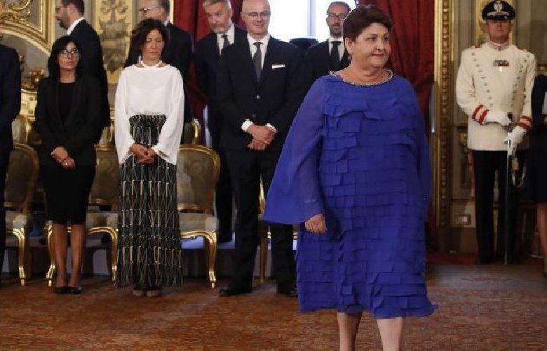 https://www.ragusanews.com//immagini_articoli/11-09-2019/teresa-bellanova-io-ministro-scoperchiavo-serre-a-scicli-foto-500.jpg