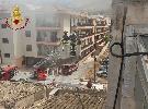 https://www.ragusanews.com//immagini_articoli/11-09-2021/comiso-le-foto-della-palazzina-in-fiamme-100.jpg