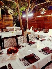 https://www.ragusanews.com//immagini_articoli/11-10-2018/1539248886-ristorante-nonloso-presenta-october-taste-strings-1-240.jpg