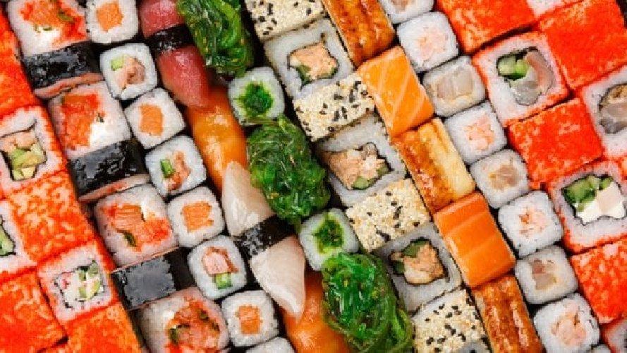 https://www.ragusanews.com//immagini_articoli/11-10-2019/dieta-nipponica-dieta-mediterranea-chi-vince-500.jpg