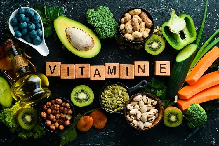 https://www.ragusanews.com//immagini_articoli/11-10-2021/dalla-a-alla-e-tutte-le-vitamine-per-prevenire-i-malanni-dell-inverno-500.jpg