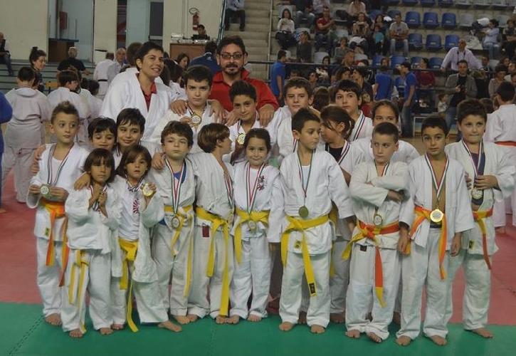 https://www.ragusanews.com//immagini_articoli/11-11-2013/giovani-judoisti-crescono-a-pozzallo-500.jpg