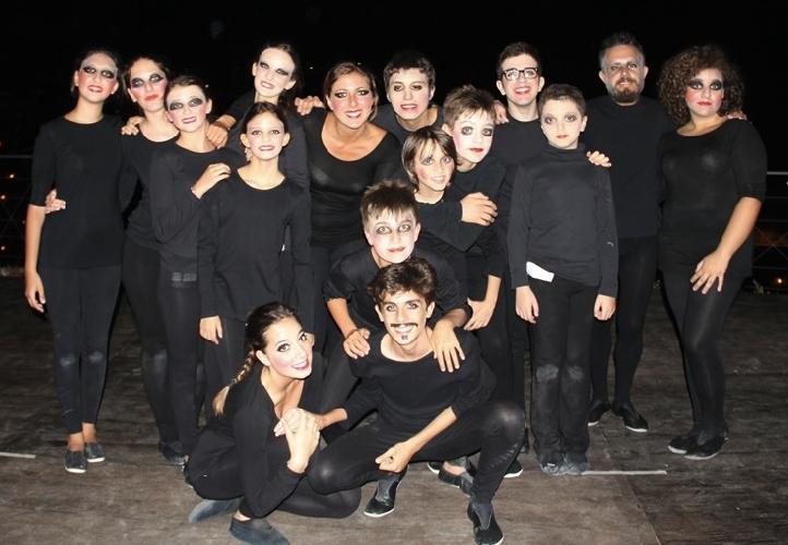 http://www.ragusanews.com//immagini_articoli/11-11-2014/amleto-otello-romeo-e-giulietta-in-teatro-a-ragusa-500.jpg