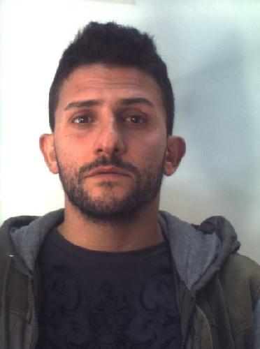 https://www.ragusanews.com//immagini_articoli/11-11-2017/ragusa-nascondevano-droga-letto-arrestati-500.jpg