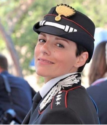 https://www.ragusanews.com//immagini_articoli/11-11-2018/sicilia-arrivano-carabinieri-500.png
