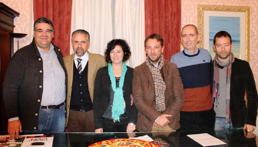 https://www.ragusanews.com//immagini_articoli/11-12-2013/modica-calcio-e-iniziata-lera-bellia-failla-500.jpg