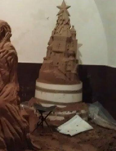 http://www.ragusanews.com//immagini_articoli/11-12-2014/a-ibla-un-presepe-di-sabbia-500.jpg