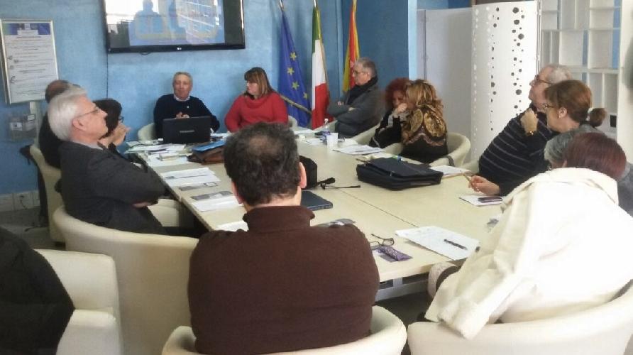 https://www.ragusanews.com//immagini_articoli/12-01-2015/rete-civica-della-salute-un-avvicinamento-tra-cittadini-ed-istituzioni-500.jpg
